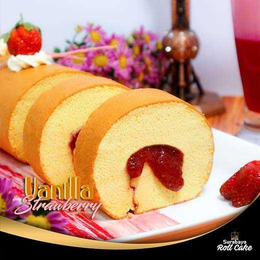 Oleh Oleh Khas Surabaya Roll Cake Vanilla Strawberry
