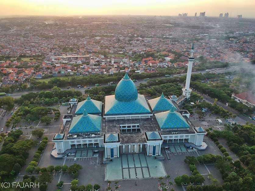 Mesjid Agung Nasional Al Akbar Surabaya