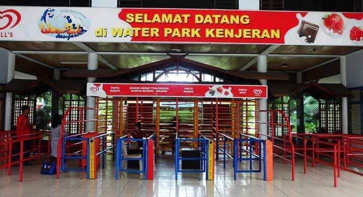 Waterpark Kenjeran Surabaya